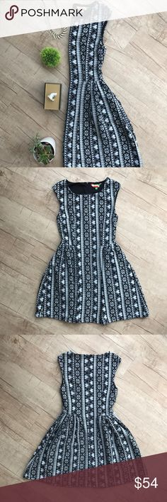 """Fervour (Modcloth) Snowflake Fit & Flare dress * black, gray, & white  * adorable sleeveless fit & flare * has pockets!  * heavy knit material  * bust (laid flat, on one side) - 16"""" * waist (laid flat, on one side) -14"""" * length - 35"""" * 100% Polyester * great used condition ModCloth Dresses"""
