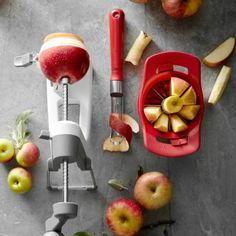 Apple Peeler, Slicer & Corer #appleslicer #slicer #applepeeler #applecorer