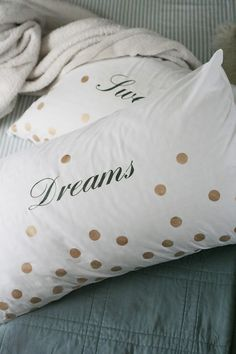 Frock Files: DIY Typographic Confetti Pillows~ This would be great as a personalized wedding gift