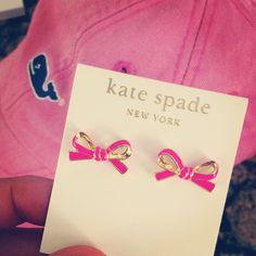 Kate spade earrings & vineyard vines hat=perfection