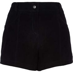 Flash your pins in our collection of women's shorts. Black High Waisted Shorts, High Rise Shorts, Black Denim Shorts, Cute Summer Outfits, Stylish Outfits, Fashion Outfits, Spy Outfit, Smart Shorts, Suede Shorts