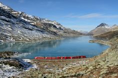 World Inside Pictures today take you in a virtual Photo tour of a train journey in the Swiss Alps.This train journey takes you along one of the most beautiful Chur, Voyage Week End, Glacier Express, Switzerland Tour, Bernina Express, Train Tour, Train Journey, All Nature, Swiss Alps