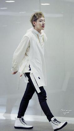 Zico (Woo Jiho)!! from Block B  #streetstyle