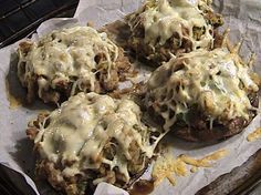 Portabella Mushrooms Stuffed with Sausage and Mozzarella Cheese - Food - Mushroom Recipes Stuffed Portabello Mushrooms, Stuffed Mushroom Caps, Portabella Mushroom Cap Recipe, Recipes With Mozzarella Cheese, Cheese Food, Low Carb Recipes, Cooking Recipes, Game Recipes, Pork Recipes