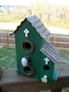Rustic Birdhouse made with reclaimed materials