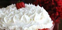 Αφράτο και Γρήγορο τσιζκέικ φράουλας με κομματάκια κέικ