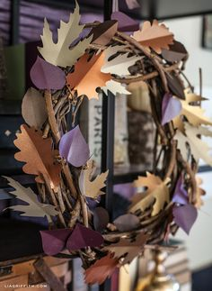 Find out all you need to Make This Paper Leaf Wreath - Paper from paper-papers and tutorial by Lia!