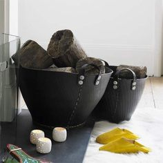 Made from recycled tyres, these incredibly strong rubber baskets are great for storing and carrying logs, fruit, chilled drinks, and pretty much anything else you can fit in them!