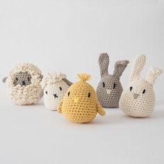 Easter Crochet, Crochet Round, Crochet Bunny, Crochet Yarn, Crochet Toys, Amigurumi Patterns, Knitting Patterns, Crochet Patterns, Knitting Projects