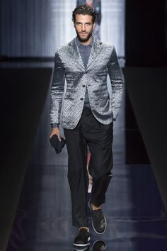Giorgio Armani - Spring 2017 Ready-to-Wear