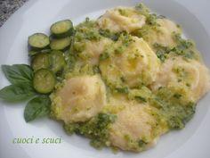 Ravioli di patate fatti in casa con zucchine