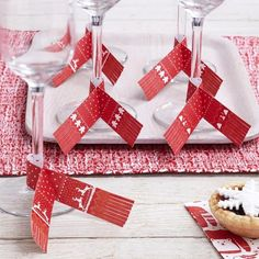 Check out Feeling Quirky Gifts: Red & White Festi... Click here! http://www.feelingquirky.co.uk/products/red-white-festive-glass-scarf-decorations?utm_campaign=social_autopilot&utm_source=pin&utm_medium=pin