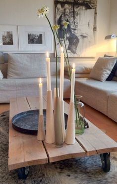 5 creative upcycling DIY ideas for tables - Room Decoration Dining Table Lighting, Bohemian Bedroom Decor, Simple Living Room, Contemporary Home Decor, Living Furniture, Diy Wood Projects, Diy Table, Home Decor Trends, Minimalist Home