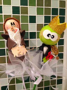 Buquês divertidos - Santo Antônio e príncipe sapo - toys - Reciclagem divertida e artesanato