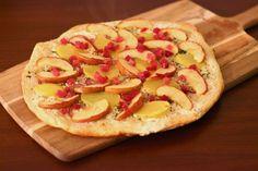 Flammkuchen mit Kartoffel, Apfel und Speck #ichbacksmir #flammkuchen