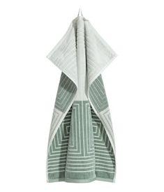 Ønsker meg ett sånn (eller to) og to store. Jacquardvevd håndkle | Lys grønn | H&M HOME | H&M NO