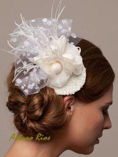 Ivory Bridal headpiece Fascinator Wedding hat by ArturoRiosBridal, $125.00