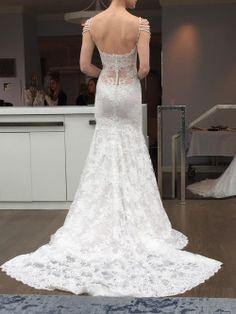 Destination Style - NY Bridal Fashion Week: Pearls Return with Ines Di Santo!  http://theantibridezilla.com/post/117252190730/photoset_iframe/theantibridezilla/tumblr_nnamzuo4x91rmrycv/500/false