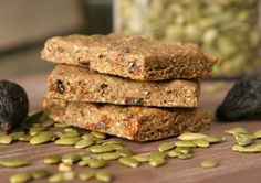 Gluten-Free Fig & Pumpkin Seed Snack Bars | Daily Bites | Healthy Gluten-Free + Dairy-Free Recipes