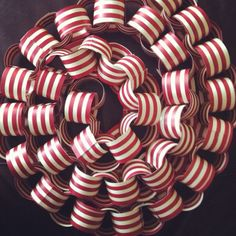 Paper chains in vintage red & white (for mon petit's vintage carnival party)