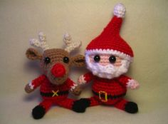 Amigurumi Santa Claus and Reindeer Pattern - find links to this and more fantastic free Santa crochet patterns at mooglyblog.com!