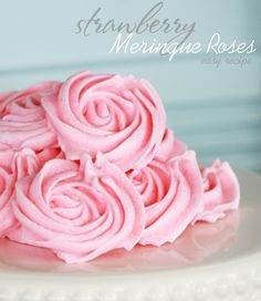 Easy meringue recipe ~ perfect for a Run For The Roses Derby party or a Mother's Day brunch | via thecelebrationshoppe.com #mothersday #derby #pinkparty