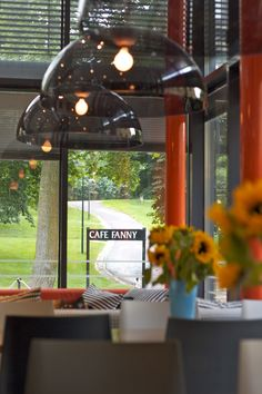 Fanny Bar & Kitchen, Helsinki, Finland. Interior Design: Apricus. Photographer: Kalle Kervinen