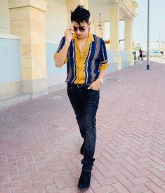 Cute Boy Photo, Cute Girl Pic, Cute Girls, Phone Wallpaper For Men, Crush Pics, Ganpati Bappa, Famous Singers, Cute Love Songs, Boy Photos