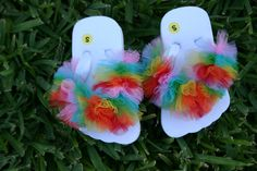 flip flops with tulle!