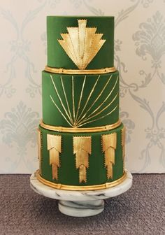 green and gold Art Deco wedding cake