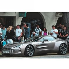 One 77 drawing in the crowds