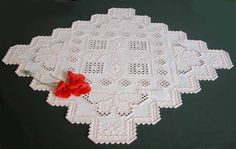 Gorgeous hardanger doily. Pattern designed by Mary Swartz and published by Nordic Needle. Find all details on : http://fils-aiguilles-passion.blogspot.fr/2013/06/hardanger-les-papillons-de-mary-swartz.html