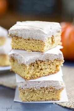 Pumpkin Snickerdoode Blondies with Nutella Cream Cheese Frosting