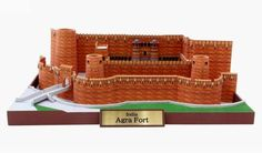 Agra Fort In India Paper Model - by Canon - Forte Agra Na Índia  --              The Real Thing - Gate Entrance  Agra Fort, is a monument, a UNESCO World Heritage site located in Agra, Uttar Pradesh, India. It is about 2.5 km northwest of its more famous sister monument, the Taj Mahal.