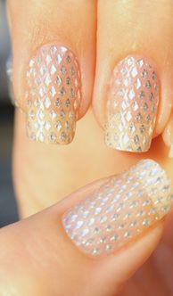Sparkly and clear Nail Art