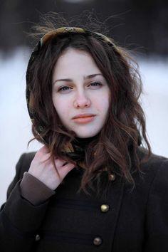 Via Remarkably Beautiful Girls