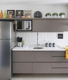 Kitchen planned: 60 photos, prices and projects - Home Fashion Trend Mini Kitchen, New Kitchen, Kitchen Dining, Kitchen Decor, Kitchen Cabinets, Kitchen Room Design, Kitchen Interior, Home And Deco, Kitchen Furniture