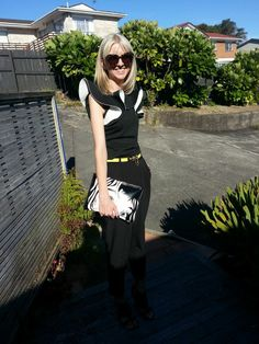 Asos top and pants from www.asos.com, sunglasses and belt from www.karenwalker.com, bag from New Look via asos.