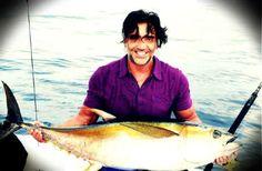 Alejandro Fernández de pesca!!!.. yo si lo pescaba
