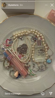 Cute Jewelry, Jewlery, Beaded Jewelry, Accesorios Casual, Aesthetic Room Decor, My New Room, Swagg, Bedroom Decor, Pretty
