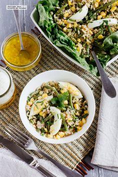 Ensalada de arroz y judías verdes. Receta fácil y saludable con fotografías del paso a paso y recomendaciones de cómo servirla. Recetas de ensaladas saludabl...