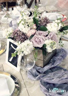 www.kamalion.com.mx - Decoración / Centros de Mesa / Morado / Purple / Lilac & White / Vintage / Rustic Decor / Wedding / Boda / Centerpiece / Blanco / Wood / Pink.