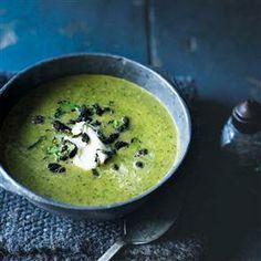 Broccoli and watercress soup with crispy black pudding Recipe Chorizo Recipes, Skewer Recipes, Broccoli Recipes, Veg Recipes, Pudding Recipes, Healthy Recipes, Broccoli Soup, Watercress Soup, Black Pudding