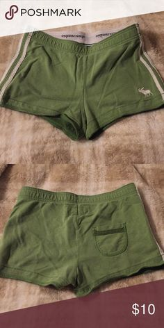 Stretch shorts in medium green and white Shorts are 95% cotton very comfortable and great for lounging around in green and white combo. Abercrombie & Fitch Shorts