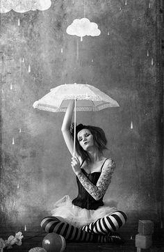 umbrella side show