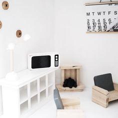 DIY poppenhuis pimpen | Witte Televisie Dollhouse