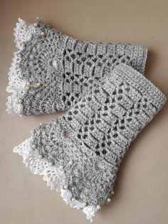 Grey fingerless gloves, Hand warmers, Crochet mittens, Crochet gloves, Womens ac… – The Best Ideas Fingerless Gloves Crochet Pattern, Fingerless Mittens, Irish Crochet, Crochet Lace, Crochet Granny, Crochet Wrist Warmers, Crochet Accessories, Crochet Clothes, Hand Knitting