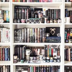 Happy #shelfiesunday ! Today has gone by SO fast and I didnt accomplish as much I wanted to. #bookshelves #shadowhunters #sixofcrows leighbardugo #shelves #mypersonallibrary #libraryroom #sarahjmaas #sarahjmaasbooks #themortalinstruments #theinfernaldevices #bookhoarder #bookcollection