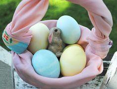 zakka life: How To Fold a Furoshiki Easter Basket