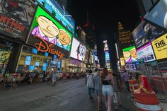 osgemeos-parallel-connection-times-square-06